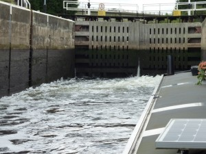 Rising in Cromwell Lock