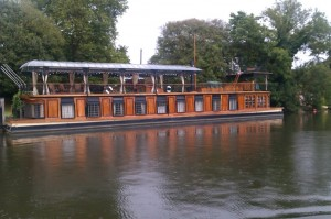 Some houseboats are smarter than others!